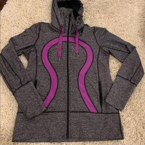 Lululemon sweater size 12